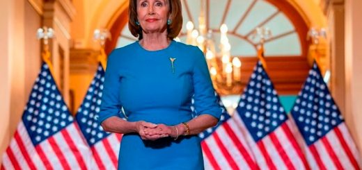 川普官员敦促参议院尽快通过众议院的冠状病毒援助法案