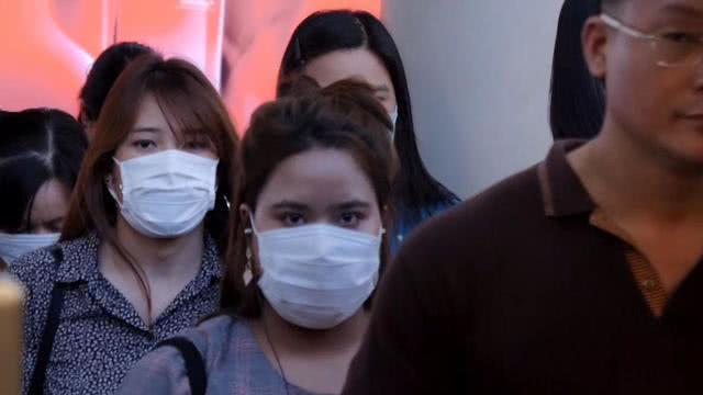 """纽约地铁司机戴口罩被强制摘除,监管者:可能会引发乘客""""恐慌"""""""