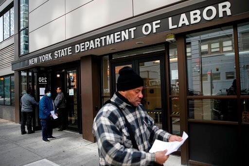 申请失业救济人数将超2000万 经济学家:正在见顶