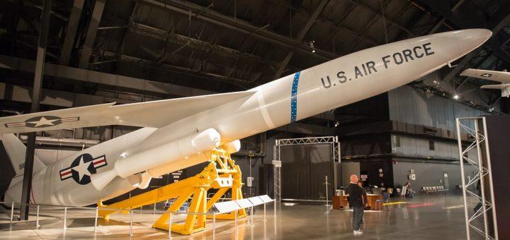 美国推新军控协议 旨在限制美、中、俄核弹头数量