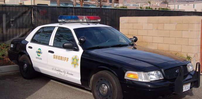 美国警察知识:police与sheriff有什么区别