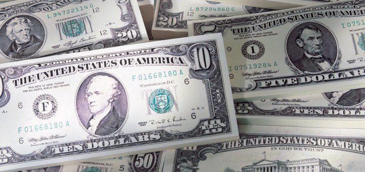 疫情导致美国人狂囤现金 储蓄率达历史最高