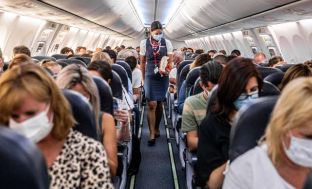 恐怖! 49人坐飞机全程无接触 一落地13人确诊 再疯狂传染46人! 超级感染事件震惊世界