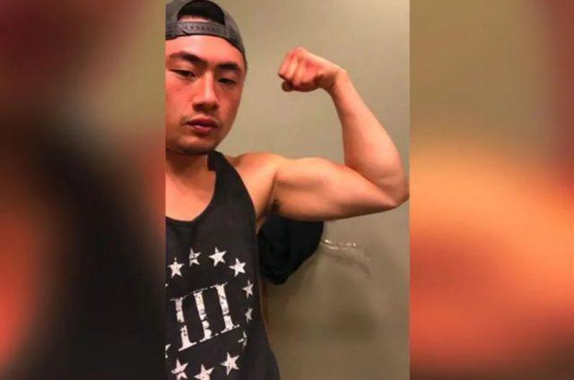 惊!华裔富二代驾车直冲人群!警察在他家找到一堆枪!千万豪宅抵押