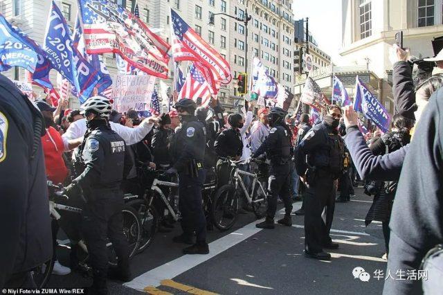 抗议!抗疫!美双警戒线失控!华盛顿DC数万人大游行,川普车队绕行自由广场!