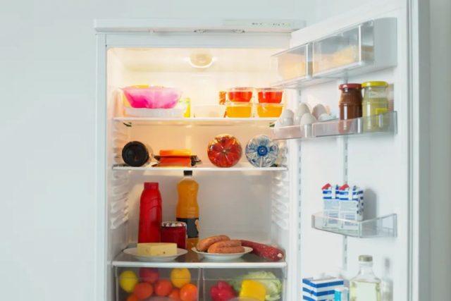 医生警告:32岁小伙因吃隔夜菜竟瘫痪失明!这5种剩菜千万别吃!