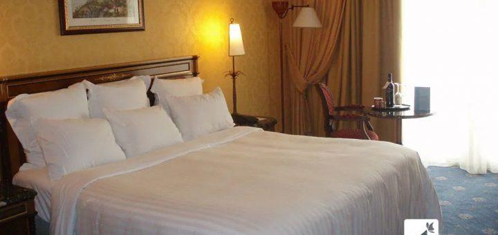 晚上住酒店,为什么要尽量开着厕所灯?经常在外住宿的人说出原因
