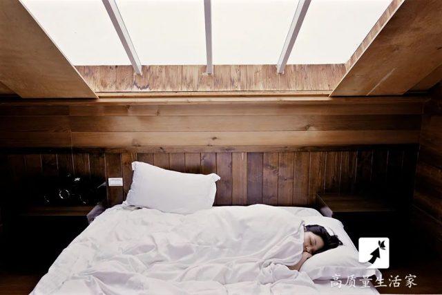 早起和熬夜,哪个更伤身?提醒:若你必须早起,起码要做到这3点