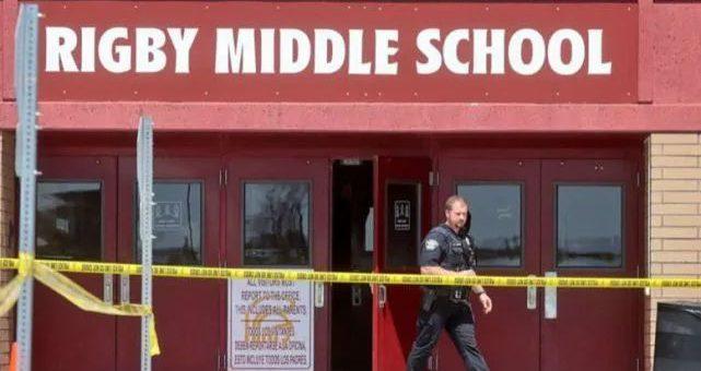 可怕! 美国六年级小女孩学校内开枪狂射 同学老师多人中弹受伤!