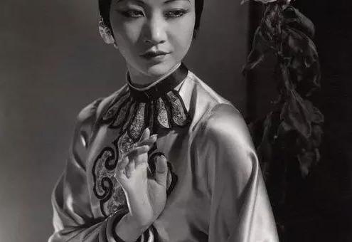 华裔女性第1人,黄柳霜将登25美分硬币!生前成就比肩李小龙!