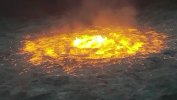 恐怖! 大海着火了! 烈焰狂燃5小时 海水沸腾 场面如地狱! 更大的灾难还在后面…