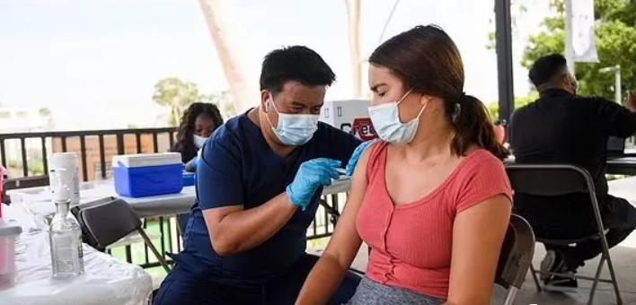 疫苗第三针来了!这些人赶紧去打以免疫苗失效...