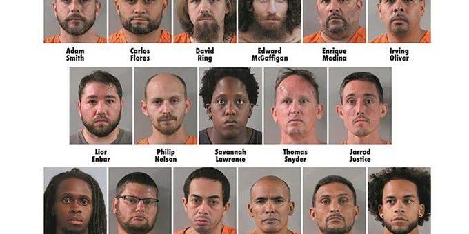 警察假装13岁小女孩抓住十几个恋童癖,有3人还是迪士尼的员工?!