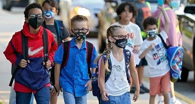 儿童强制疫苗来了!上学必须打针!加州多个学区连夜表决,教育部长全力支持!