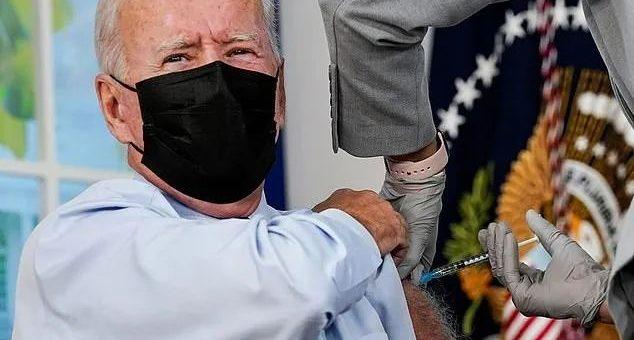 突发!拜登接种第三针加强针!指责不接种者严重损害美国!