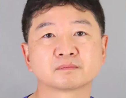 惊! 儿子偷钱买咖啡 亚裔爸爸管教 竟被警察冲进门逮捕 关入监狱!